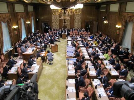 20131023予算委員会 001